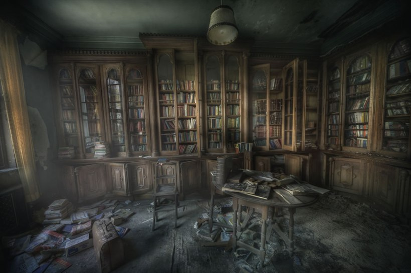 Library-ghosts-The-Manor-library-was-very-dusty-and-the-smell-of-decay-and-paper-was-really-still-and-creepy