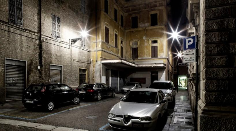 Gianni Pezzani, Via Carducci, da Parma Dorme, 2014. Courtesy e © Gianni Pezzani