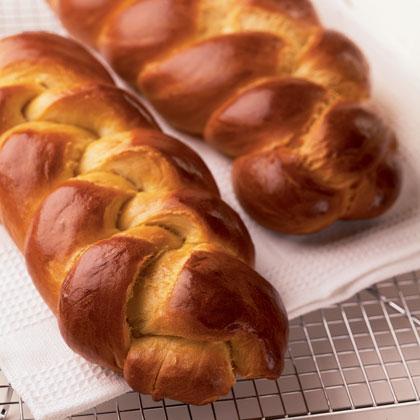 challah-bread-recipe-photo-420-ff0404schooa091